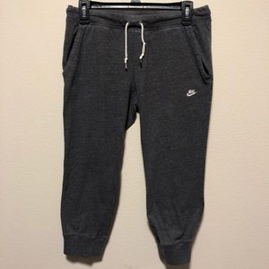 Nike Time Out Capris